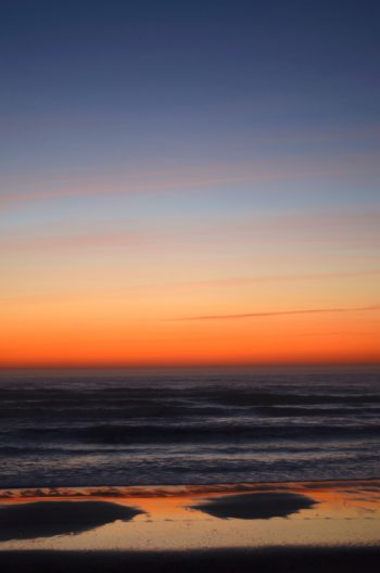 Paysage marin à la tombée de la nuit • Image haute résolution libre de droits à télécharger • Creative Lune