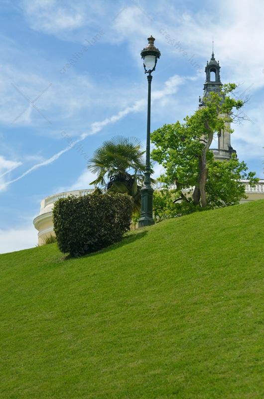 Ville pyrénéenne et son parc paysager • Image haute résolution libre de droits à télécharger / Jardin, Ville, Urbain, Sud, France, Béarn, Ancien, Palais
